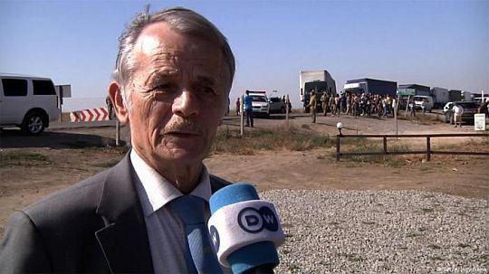 Мустафа Джемилев: Украина не должна снабжать Крым продуктами