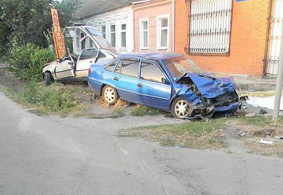 Девять лет лишения свободы получил водитель, который совершил смертельное ДТП в Геническе летом 2014 (ФОТО)