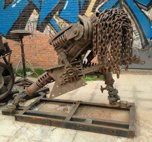 Проект бюджетного памятника для Геническа предоставленный сообществом скупщиков металлолома в Геническом районе